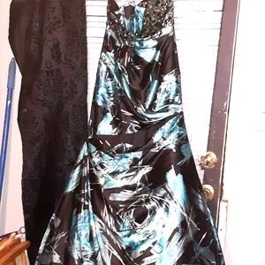 Turquoise and black gown, SIZE 10, gorgeous
